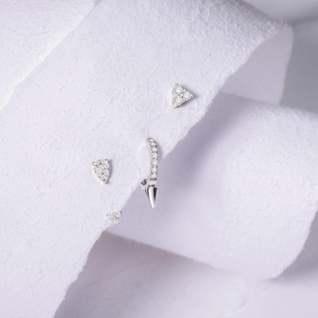 Piercings Mumit diamantes spike y ear jacket