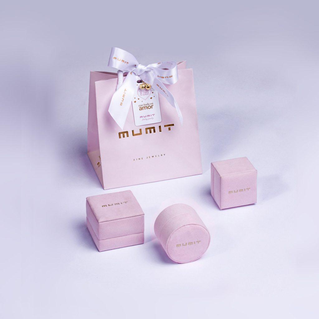 Estuche o packaging exclusivo joyería Mumit